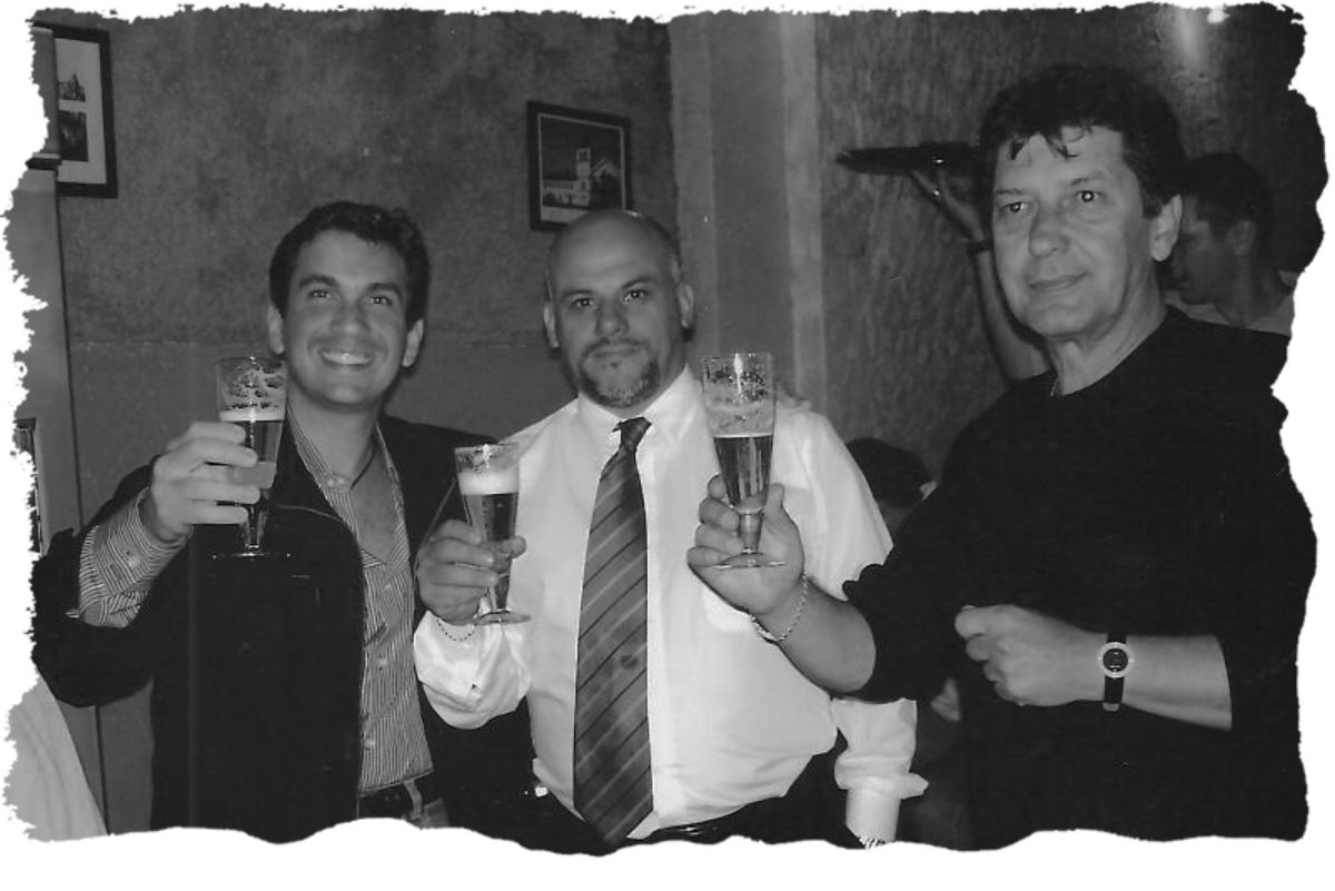 Clientes na Inauguração do Caetano's Bar - 2005